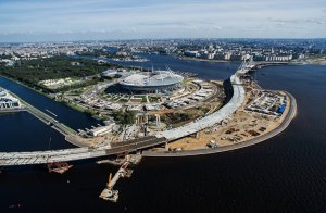 """ФИФА ожидает гарантий по возведению """"Зенит-арены"""" в срок"""