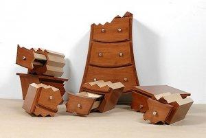 Как можно переделать старую мебель?