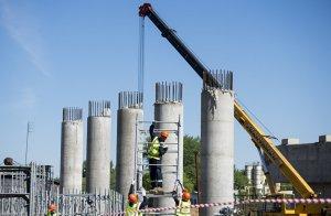 Реконструкцию путепровода на Дмитровке в Москве проведут без остановки движения по шоссе